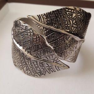 Vintage Leaves chunk Bracelet